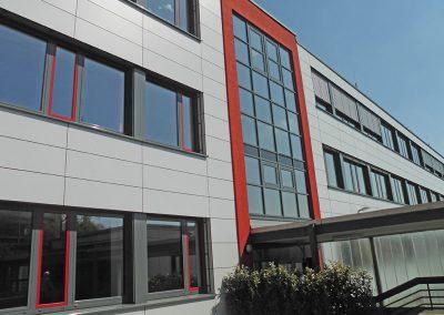 Fassaden- und Fenstersanierung einer Realschule