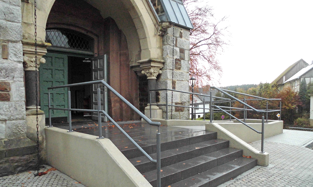 Barrierefreier Kirchenzugang